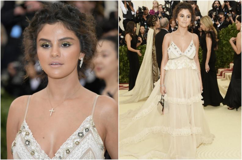robe de star décolleté en V Selena Gomez