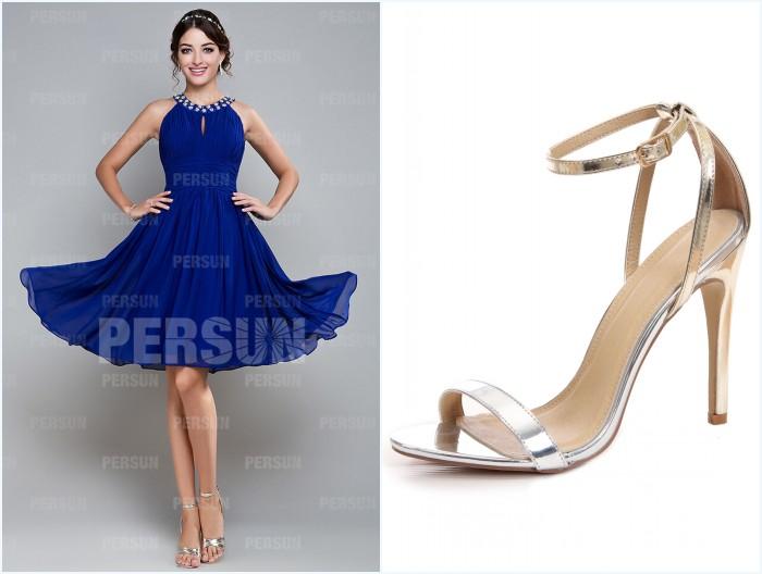 robe de cocktail bleu courte chic plissé et sandale simple dorée