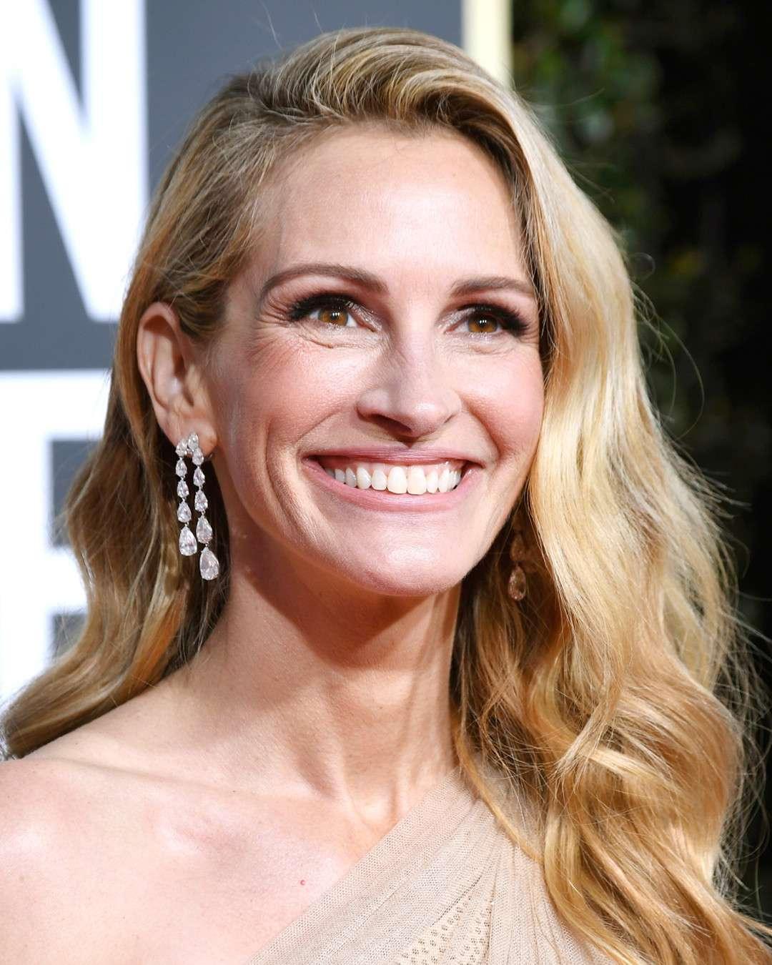 boucles d'oreilles Julia Roberts Golden Globes 2019