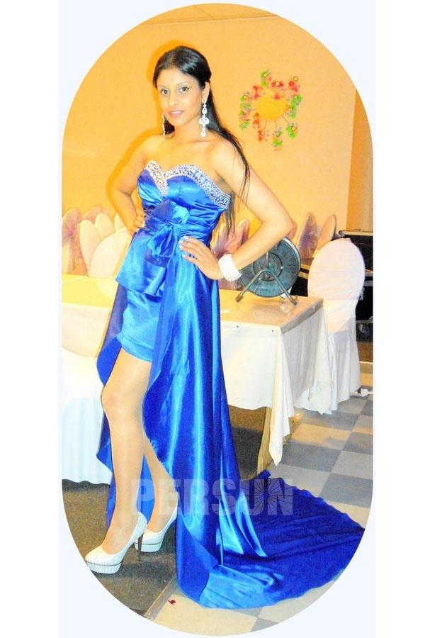robe bleu courte devant longue derrière pour remise de diplôme