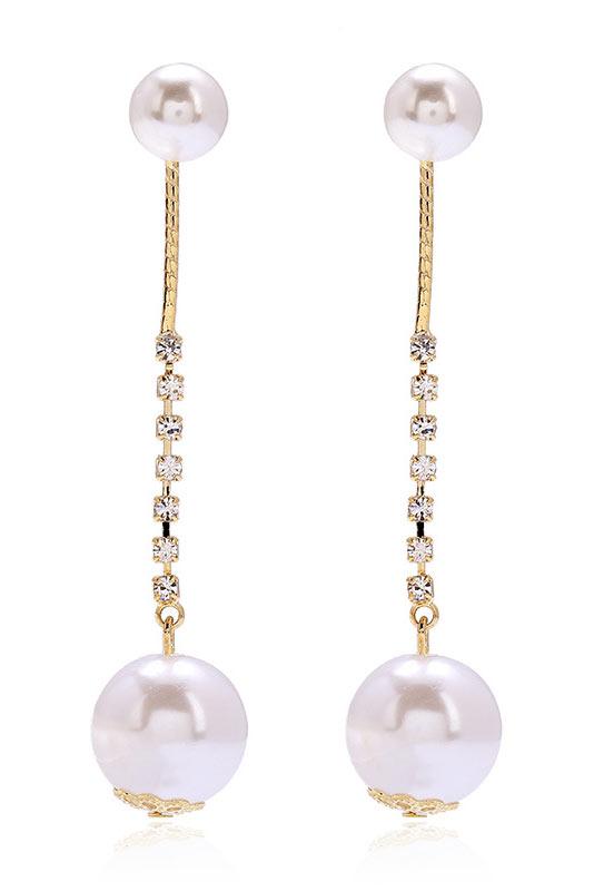 boucles d'oreille embelli de perles et de strass