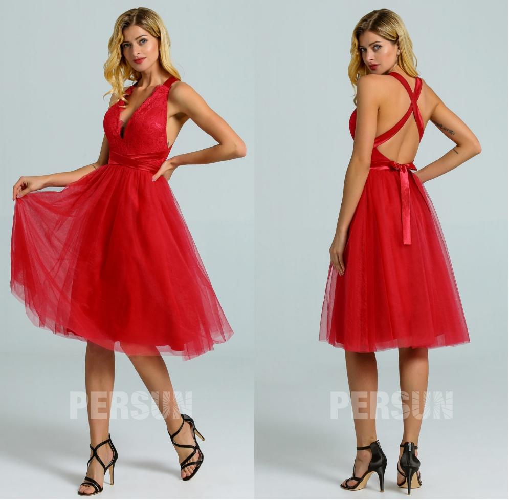 robe cocktail rouge courte décolleté V haut dentelle à dos nu